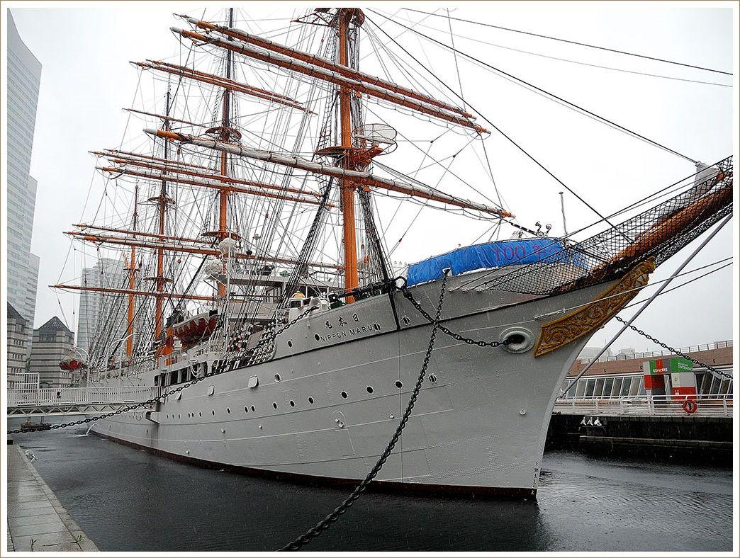 帆船「日本丸」にちょっと立ち寄り