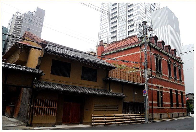 ホテルの近くで ・・・大阪
