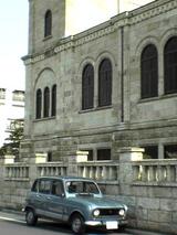 ルノーと教会