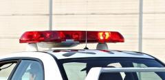 中国道の走行車線に停車か 軽乗用車に大型トレーラーとトラック追突、軽の83歳男性死亡