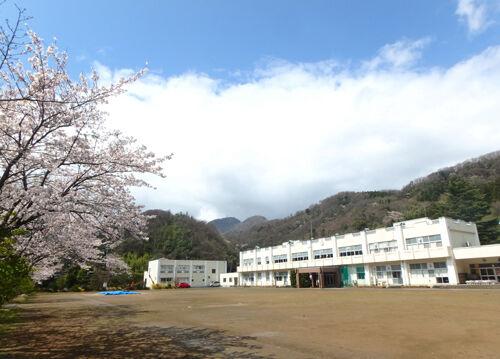 松ヶ崎小中学校500px
