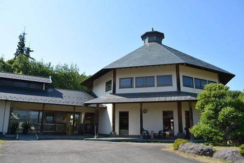 佐渡椿屋陶芸館8