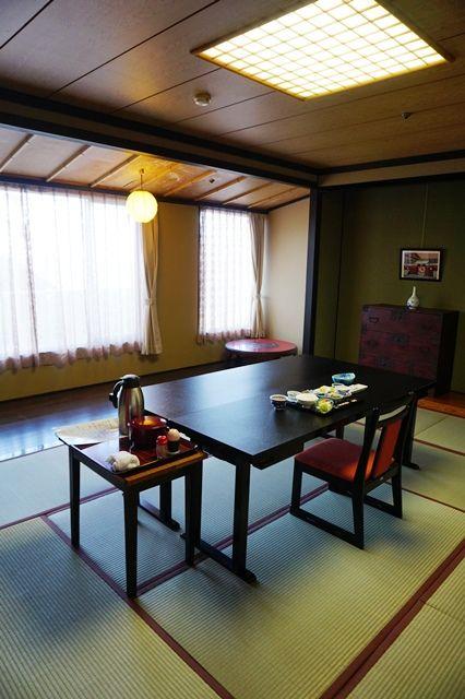 相川やまき朝食個室