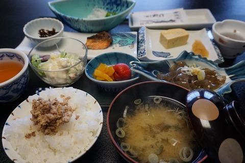相川やまき朝食1