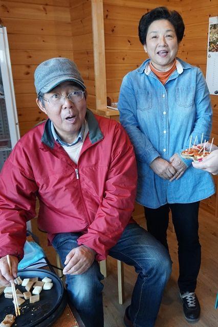 佐渡の柿餅本舗五十嵐夫妻