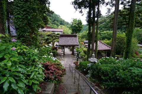 蓮華峰寺階段1