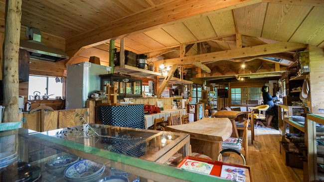 佐渡小道具とカフェ山のねまりや5