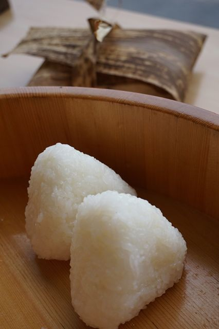 佐渡の米と塩極上おにぎり体験