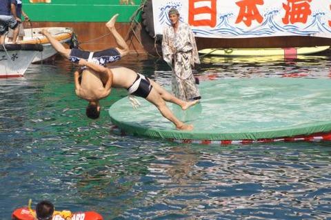 赤泊港まつり海上大相撲大会