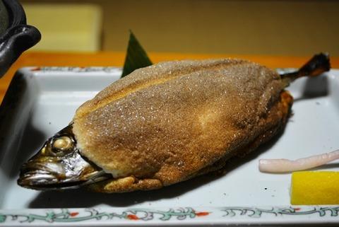 佐渡旅館吉田家ビジネスプラン夕食部屋食2
