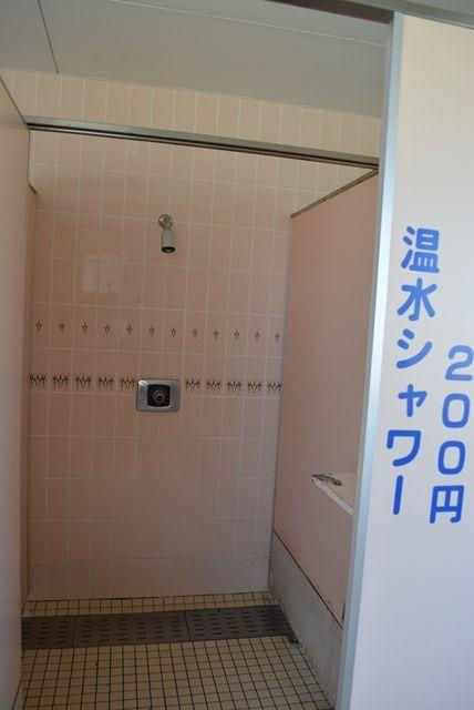 入崎海水浴場温水シャワー