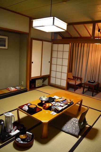 佐渡旅館吉田家ビジネスプラン夕食部屋食