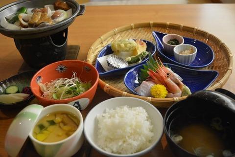 佐渡旅館相川やまき食事夕食2