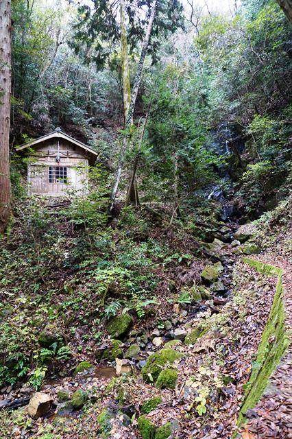 鍋倉の滝2