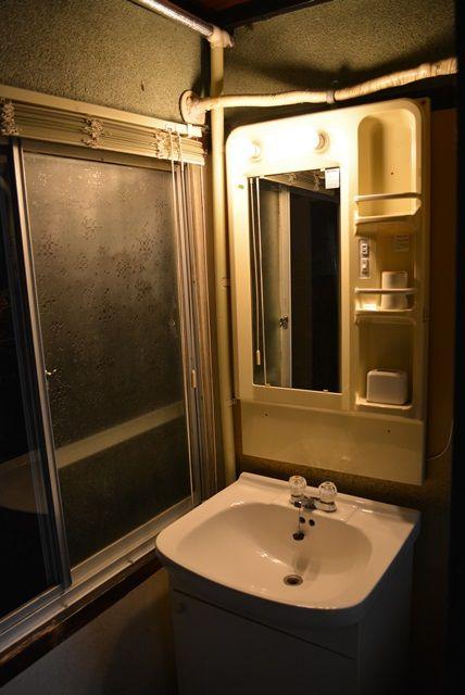 佐渡旅館金沢屋部屋洗面台
