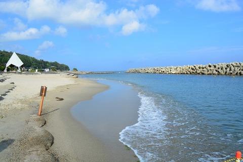 佐渡城が浜海水浴場1