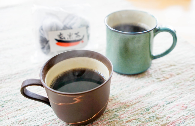 黒焼き玄米茶佐渡柿餅本舗2