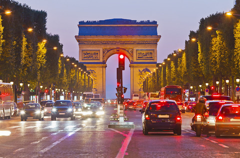 170710_france_will_ban_sale_of_petrol_and_diesel_cars