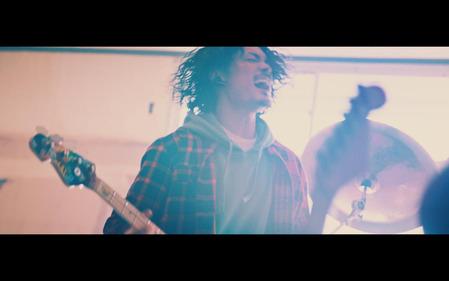 「アゲイン」MUSIC-VIDEO-サムネイル