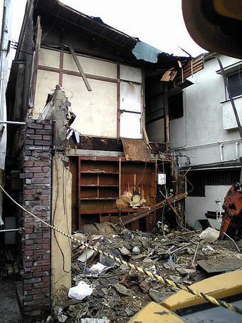 20100227 ペルル跡地 旧鷺ノ宮駅前郵便局 膳 出頭 グレンマウス02