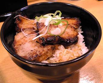 20090705秋龍 国産豚のミニあぶりチャーシュー丼