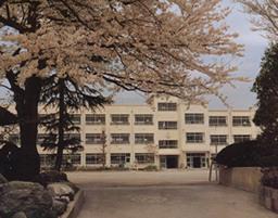 中野区立 鷺宮小学校