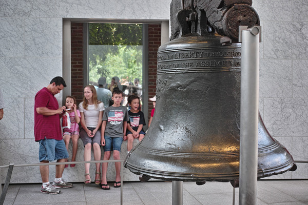 Liberty Bell on July 4th (7月4日の自由の鐘)