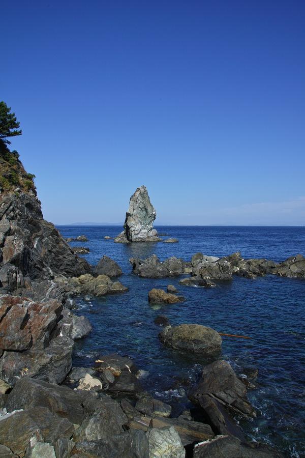 上立神岩(かみたてがみいわ)