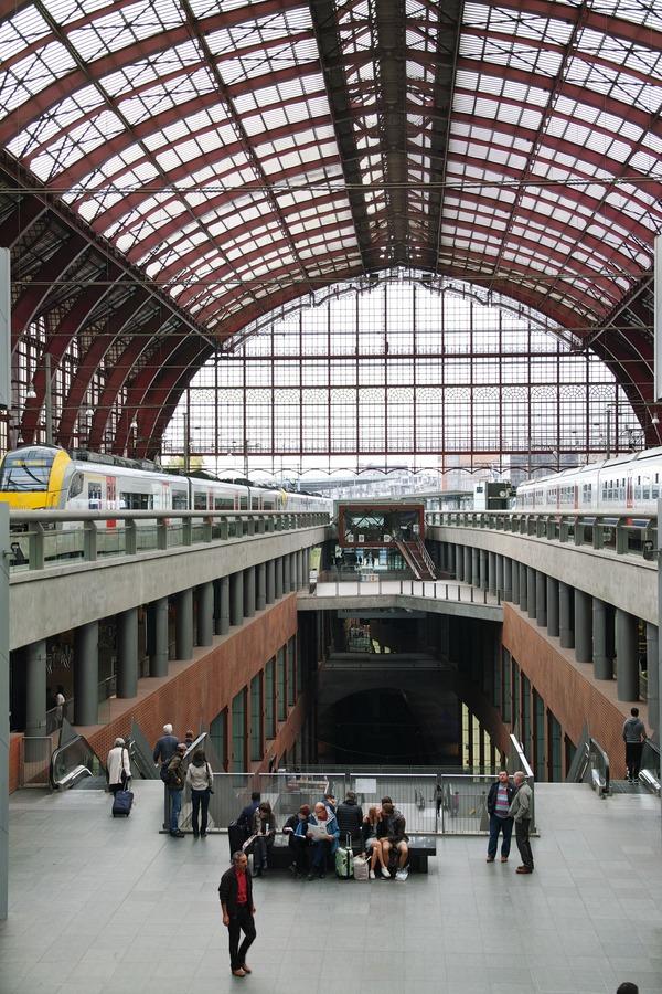 アントワープ中央駅