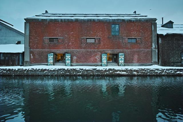 凍てつく倉庫