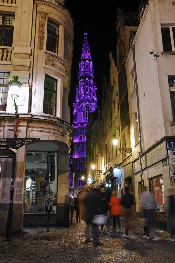グラン・プラスへ(La Grand-Place de Bruxelles)