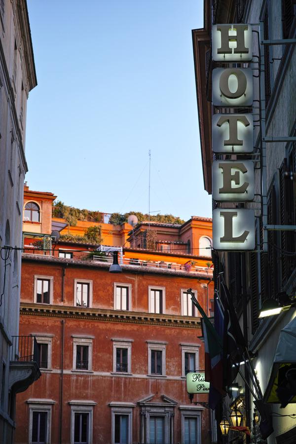 Hotel & Trattoria