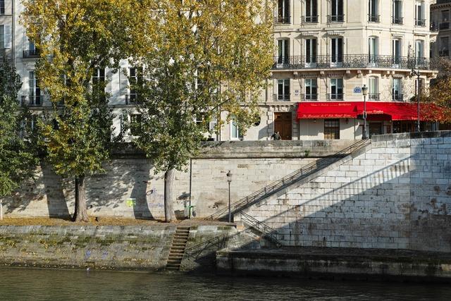 Ombre et Escaliers(影と階段)