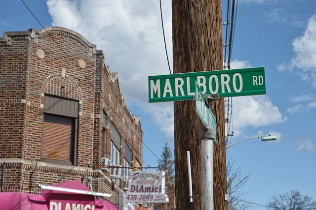 マールボロ通り辺りでスナップ