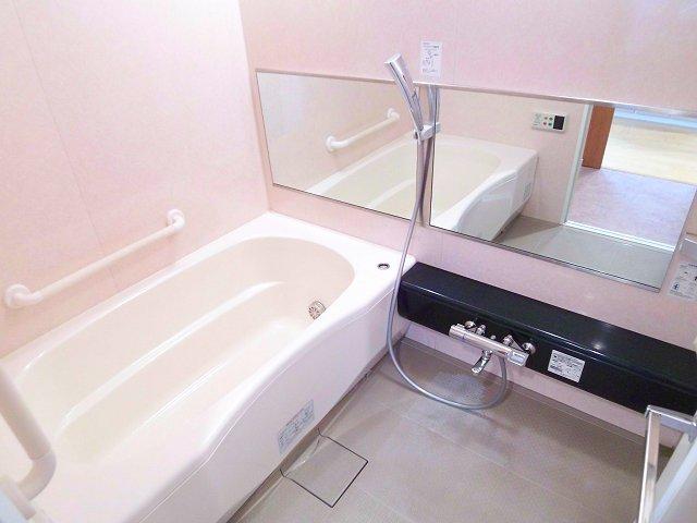 2058039481 Dクラ 浴室