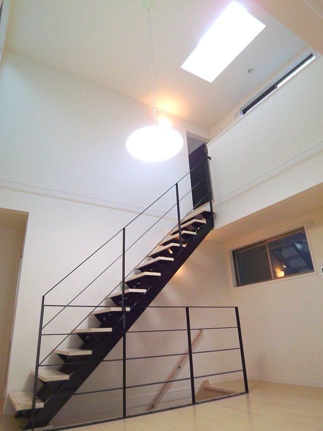 1353032152 L階段