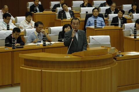 神田市議 代表質問