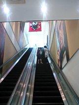 キャナルシティ博多4階の映画館のエスカレーター
