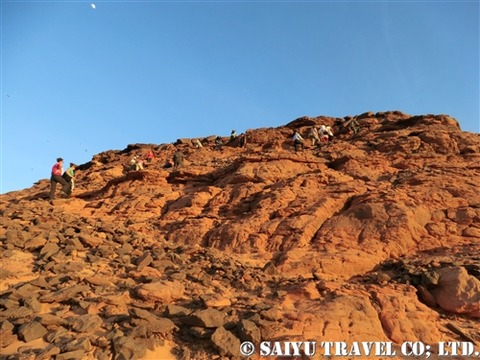 ジェベル・バルカル登山の様子