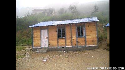 パタンジェ村学校修理完了2