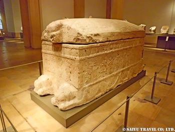 アヒラヒム王の石棺