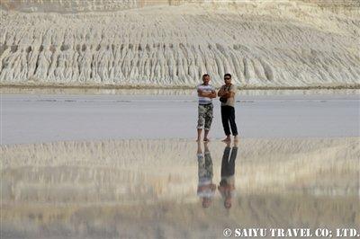 トゥズバイル塩湖 カザフスタン マンギスタウ (7)