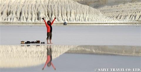 トゥズバイル塩湖 カザフスタン マンギスタウ (8)