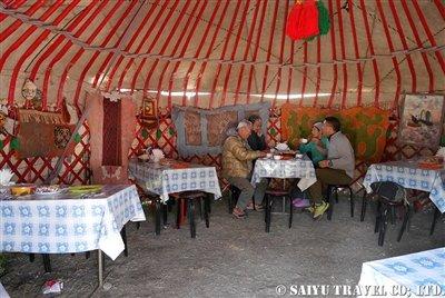 キルギス カルカラ谷 西遊旅行 (10)