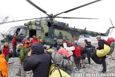 キルギス天山ヘリフライト 西遊旅行 (18)