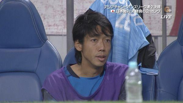 【画像】中村憲剛さん浦和に逆転されてサンシャイン池崎になってしまう