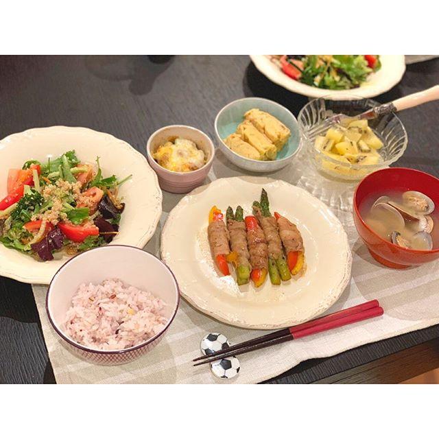 柴崎岳の奥さん・真野恵里菜が作った手料理の写真の箸置きがサッカーボールw