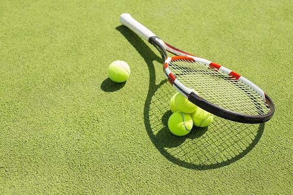 長命を促進するスポーツ 第三位サッカー、第二位はバドミントン、第1位はテニス 欧米での研究