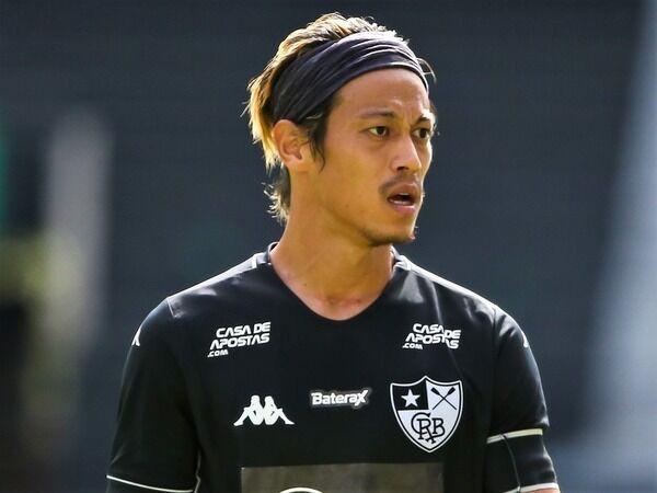 髪伸びたキャプテンMF本田圭佑がフル出場! ボタフォゴは大量6得点で勝利