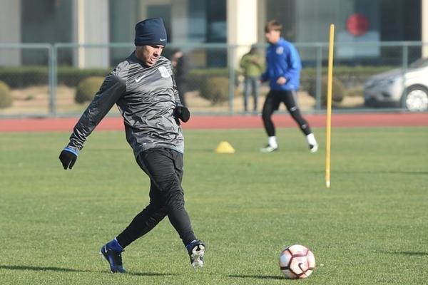 期待はずれの世界最高給テベス、中国サッカーを批判「50年後になっても追いつかない」
